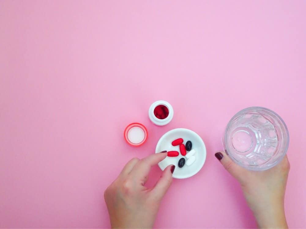 ¿Es segura la medicación oral para los hongos en las uñas de los pies?  ~ Tomando pastillas antimicóticas ~